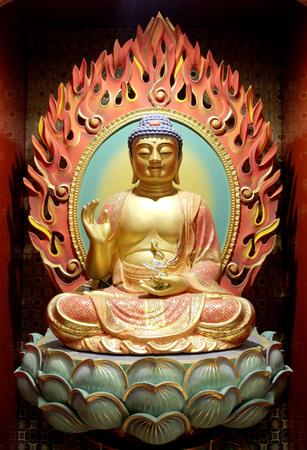 bouddha: Le Seigneur Bouddha dans Tooth chinois Temple du Bouddha de Relic Banque d'images
