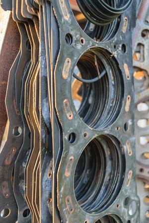 rubber gasket: Old Cylinder head gasket