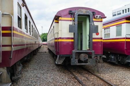 tren: Entre bogie de un tren de ferrocarril Pública de Tailandia