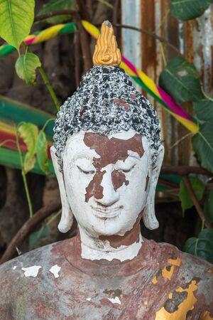 Ang Thong, Thailand - June 24, 2017 : Buddha statue in buddhist temple at Wat Lo Sutthawat, Buddhist temple in Tambon Sala Daeng, Mueang Ang Thong District, Ang Thong Editöryel