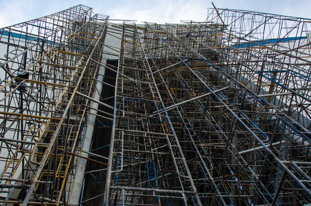 scaffold at the constructed building Banco de Imagens