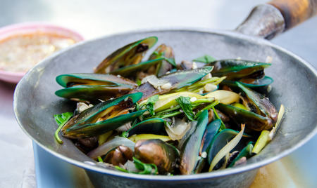 cooked mussels prepared to consume Banco de Imagens