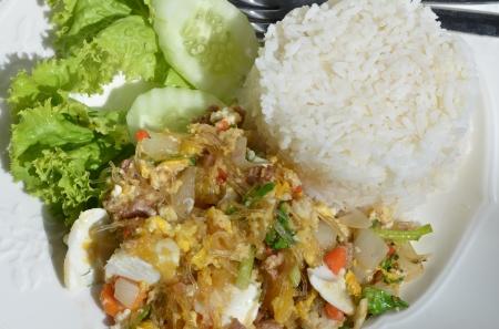 vermicelli: Salados huevos fideos de arroz