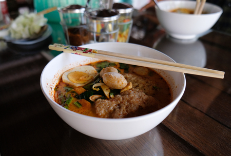 hot and sour soup noodle(Tom Yum spicy)