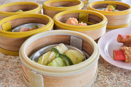 filled roll: cabbage rolls, chinese food