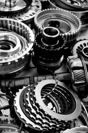 garage automobile: automobile assemblage d'engrenages Banque d'images