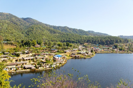 settling: Ban Rak Thai (the Thai-loving village) Chinese refugees settling in Northern Thailand can be dated back to the 1949 Communist takeover in China,is a village near Mae Hong Son.