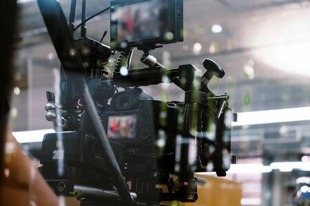 Industrie du cinéma. Filmer avec un fond de caméra professionnel Banque d'images