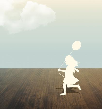 paper cut: silhouet van meisje met ballon in hand onder hemel papier te snijden stijl Stockfoto