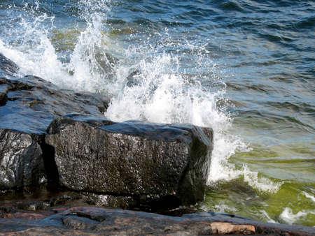 algal: Wild ocean when water hit the cliffs