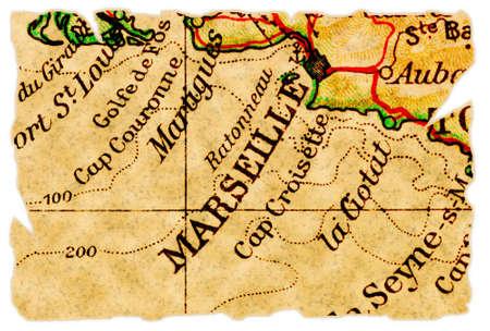 marseille: Marseille, Frankrijk op een oude torn kaart van 1949, geïsoleerd. Deel van de oude kaart serie.