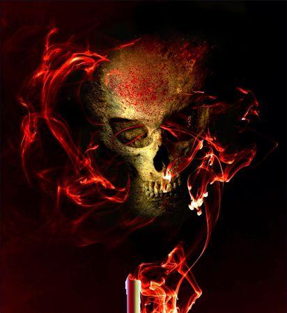 Eerie schedel in rokerige vlammen Stockfoto
