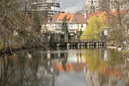 reflection water: acqua riflessione