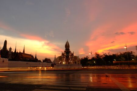 reign: Twilight at Memorial reign near Wat Phra Kaew Temple of the Emerald Buddha.