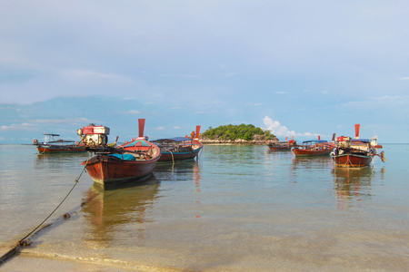 con dao: Longtail boat and beautiful ocean with blue sky of Koh Lipe island, Thailand