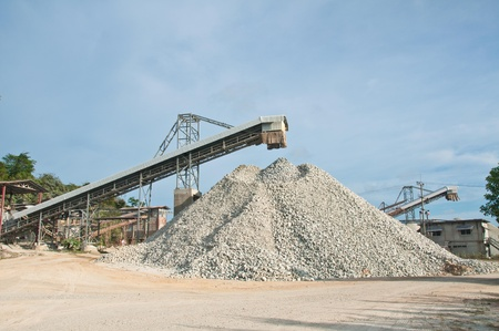 sand quarry: Stone factory