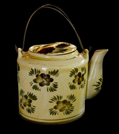 chinese tea pot: Crisol chino del t� aislado en bloque