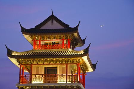 展望台タワー、ドラゴンの子孫博物館、スパンブリー、タイ