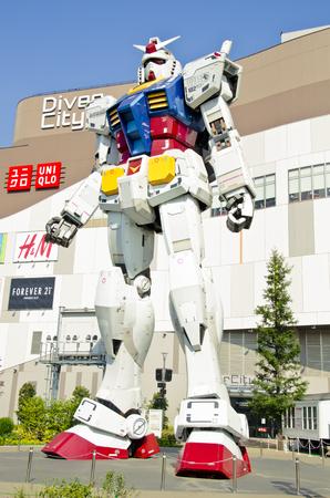 Gundam RX 78 at the Diver City Plaza, Odaiba,Tokyo, Japan.  20 September, 2013