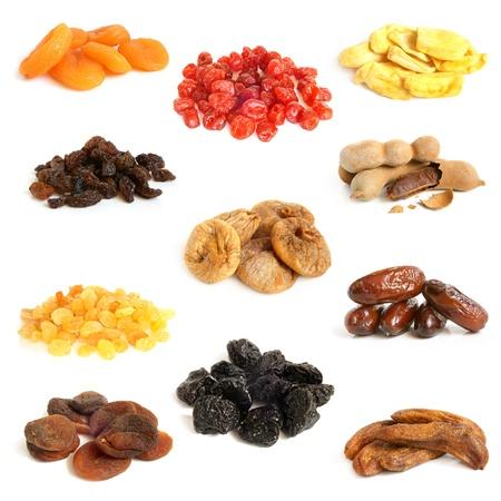 Getrocknete Früchte Sammlung auf weißem Hintergrund