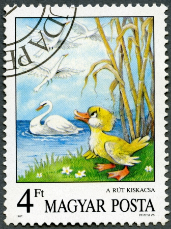 ugly duckling: HUNGARY - CIRCA 1987: A stamp printed by Hungary shows the Ugly Duckling, by Hans Christian Andersen, Fairy Tales series, circa 1987 Stock Photo
