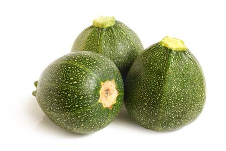calabacin: Calabacín o calabacín en un fondo blanco Foto de archivo