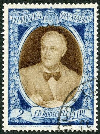san marino: SAN MARINO - CIRCA 1947: A stamp printed in San Marino shows President Franklin D. Roosevelt (1882-1945), circa 1947 Editorial