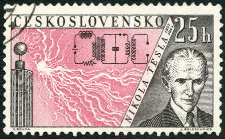 telegraphy: Cecoslovacchia - CIRCA 1959: Un timbro stampato in Cecoslovacchia mostra Nikola Tesla (1856-1943), rilasciata per onorare inventori nel campo della telegrafia e radio, intorno al 1959 Editoriali