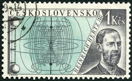 telegraphy: CECOSLOVACCHIA - CIRCA 1959: Un timbro stampato in Cecoslovacchia mostra Heinrich Hertz (1857-1894), emesso per onorare inventori nel campo della telegrafia e radio, circa 1959