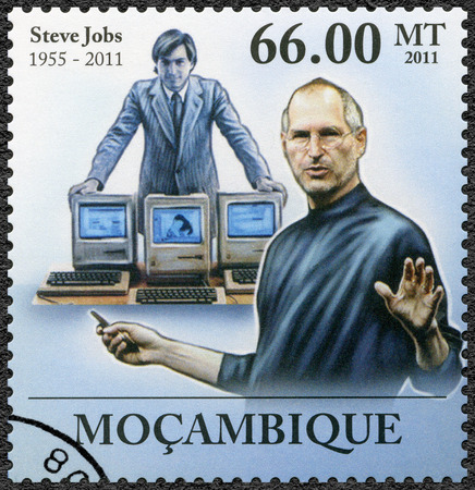 apple computers: MOZAMBIQUE - CIRCA 2011: A stamp printed in Mozambique shows portrait of Steve Jobs (1955-2011), circa 2011