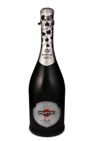 bacardi: ST. PETERSBURG, RUSSIA - July 15, 2015: Bottle of Martini Asti, Italy