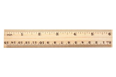 Dřevěné pravítko izolovaných na bílém pozadí Reklamní fotografie