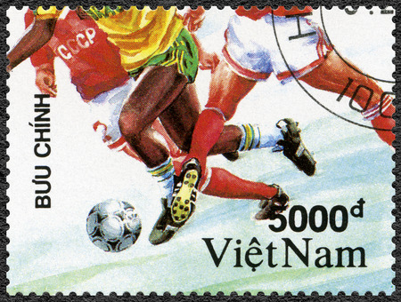 nam: VIET NAM - CIRCA 1991: A stamp printed in Viet Nam shows Soccer, dedicated 1992 Summer Olympics Games, Barcelona, circa 1991 Editorial