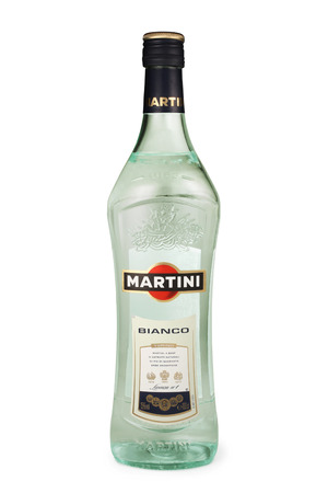 vermouth: ST. PETERSBURG, RUSSIA - DECEMBER 26, 2015: Bottle of Martini Bianco Vermouth, Italy