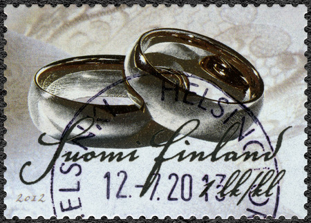 suomi: FINLAND - CIRCA 2012: A stamp printed in Finland shows Wedding-stamp, circa 2012