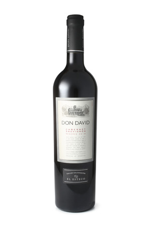 cabernet: ST. PETERSBURG, RUSSIA - April 30, 2016: Bottle of Don David Cabernet Sauvignon, Calchaqui Valley, Argentina, 2014
