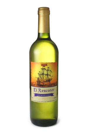 vino: ST. PETERSBURG, RUSSIA - April 30, 2016: Bottle of El Rescator, Vino Blanco Seco, Spain
