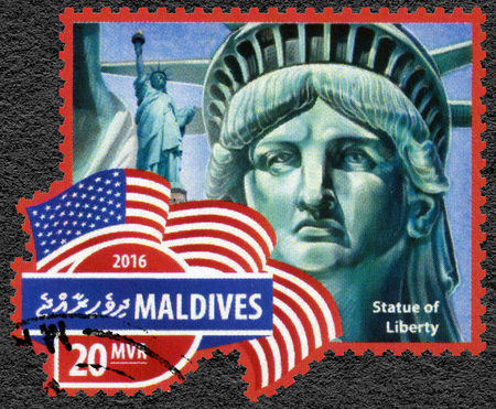 perforated: MALDIVES - CIRCA 2016: A stamp printed in Maldives shows Statue of Liberty, Liberty Enlightening the World, circa 2016 Editorial