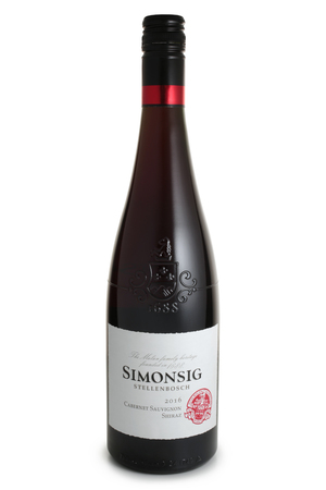 ST. PETERSBURG, RUSSIA - NOVEMBER 05, 2018: Bottle of Simonsig, Cabernet Sauvignon Shiraz, South Africa, 2016 報道画像