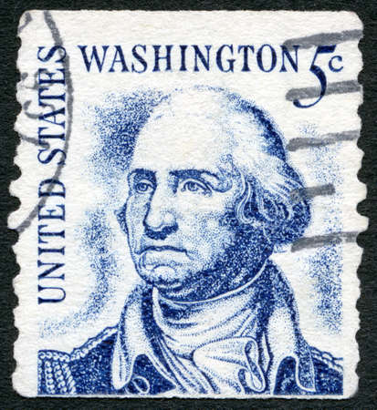USA - CIRCA 1965: A stamp printed in USA shows portrait George Washington (1732-1799), Prominent Americans Issue, circa 1965 新闻类图片