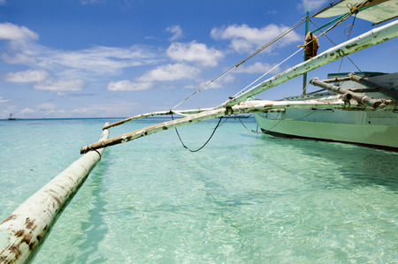 Traditional sailboat on Boracay beach in Philippines 스톡 콘텐츠
