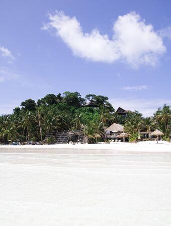 palm tree, white sand and turquoise sea water, Philippines, Boracay Archivio Fotografico