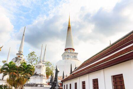 southern thailand: Large ancient stupa, Historic southern Thailand: Wat Phra Mahathat Woramahawihan. Nakhon Si Thammarat.