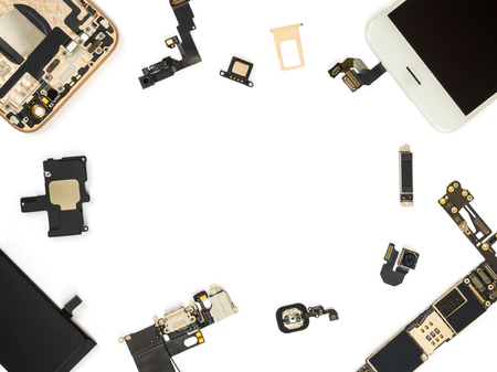 Flat Lay (Top view) of smart phone components isolate on white background with copy space 免版税图像