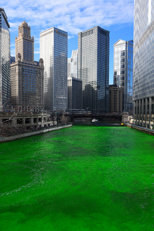 chicago green river during Saint Patrick day Stok Fotoğraf