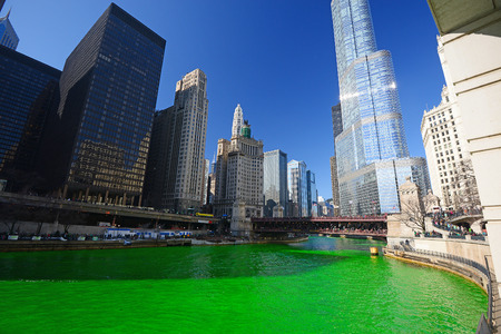 chicago green river during Saint Patrick day 스톡 콘텐츠