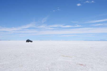salt flat: a surreal landscape of infinite view of salt flat in uyuni, bolivia