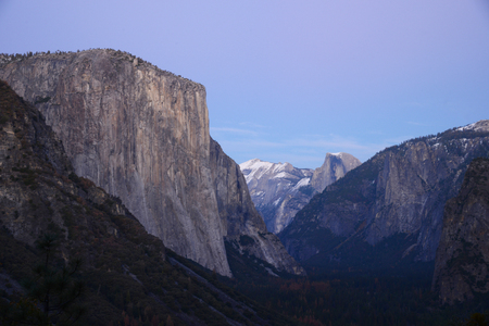 el capitan: El Capitan at Yosemite national park tunnel view