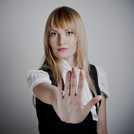 violencia sexual: Mujer de negocios serio dejar de hacer