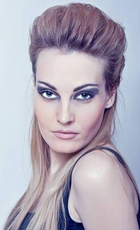Beautiful woman. Fashion art photo Stock Photo - 11789790